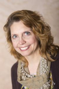 Romance Author Elizabeth Harmon